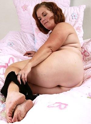 Mature Foot Fetish Porn Pictures