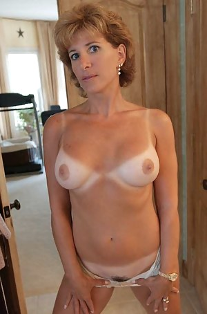 Tanned Mature Porn Pictures